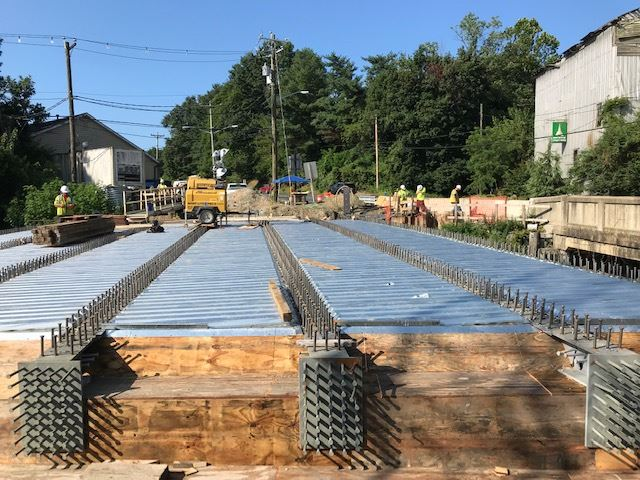 Centreville - Old Mill Stream bridge taking shape